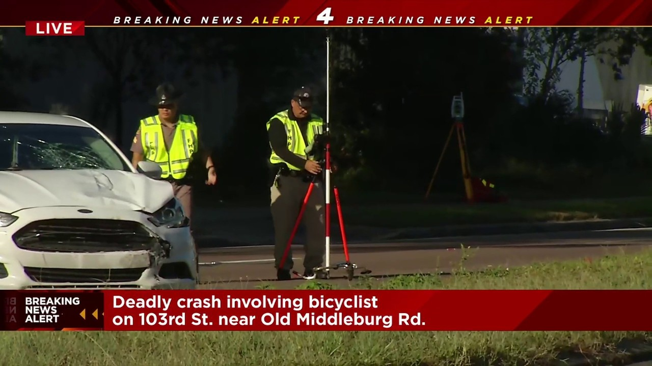 a0b79b37ad Deadly crash involving bicyclist on Westside