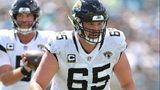 Jaguars center Brandon Linder injures knee, out for season