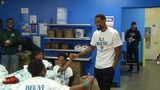 Jaguars' AJ Bouye takes 50 kids on holiday shopping spree
