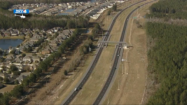 It'll now cost to you to drive on the First Coast Expressway