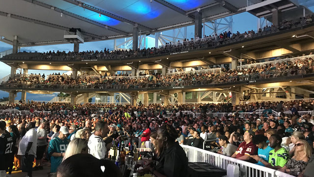 Jaguars fans pack Daily's Place for 2019 NFL Draft