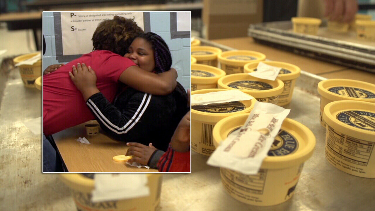 Pay It 4ward: No playing it cool with emotional ice cream surprise