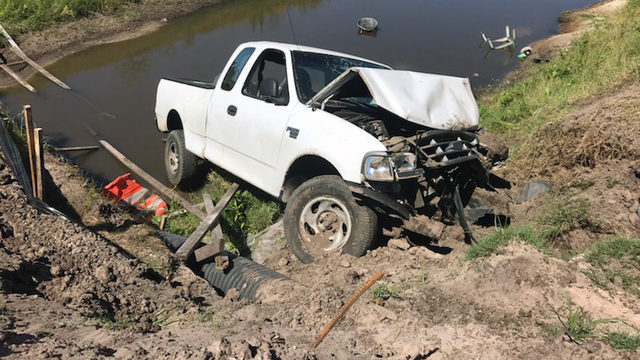 Driver of pickup dies in crash off U.S. 301 near I-10 Sunday afternoon