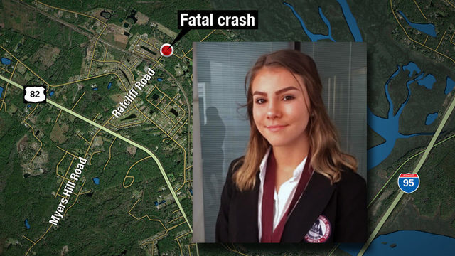 Police: 14-year-old killed when driver evading cops crashed