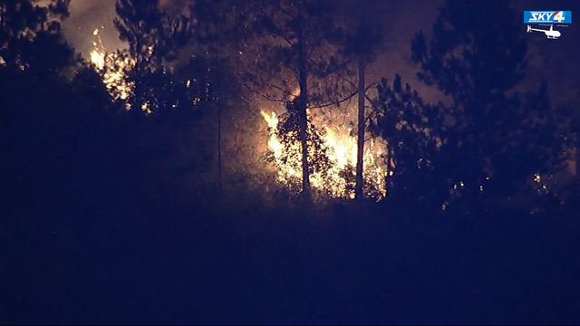 100-acre Yellow Bluff wildfire burning near I-95