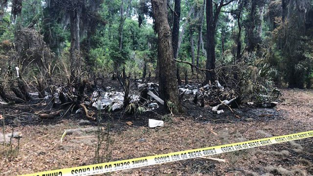 Police say pilot dead in fiery small plane crash on St. Simons Island