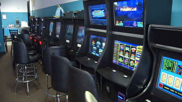 Internet cafes surprised City Council is shutting them down