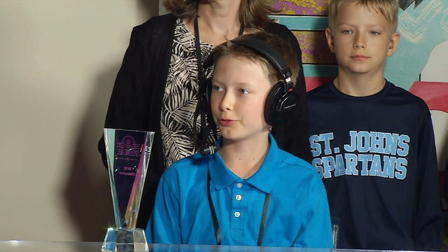 First Coast Spelling Bee winner survives through 3rd round at nationals