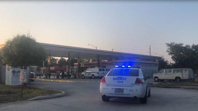 Deputies: Orange Park 7-Eleven robbed
