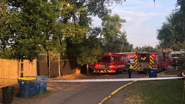 JFRD: 2 critically injured in 2-alarm fire at Northside home