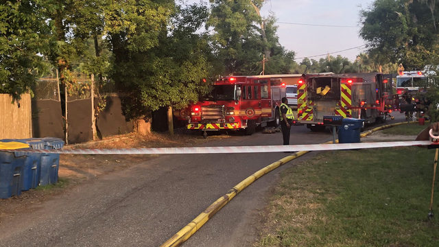 JFRD: 2 people rescued from burning Northside home