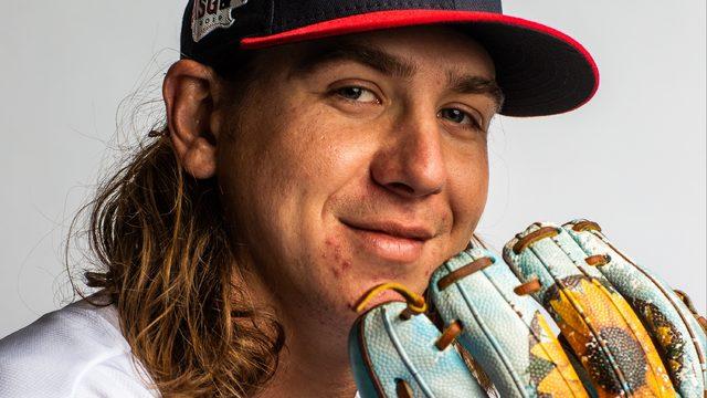 Local MLB player update: Clevinger improving; Wainwright raises money…