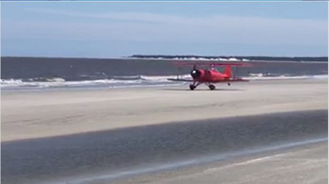 A small plane made an emergency beach landing at Jekyll Island
