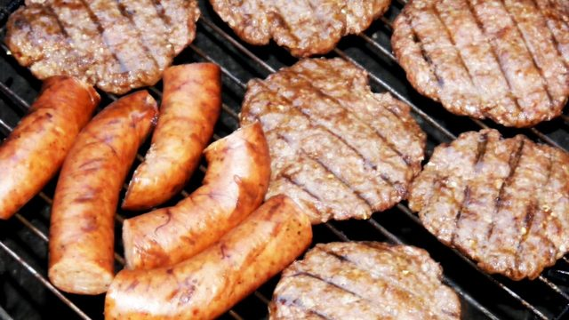 How to avoid food poisoning during summer months