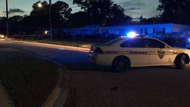2 men shot on Claro Drive in Arlington
