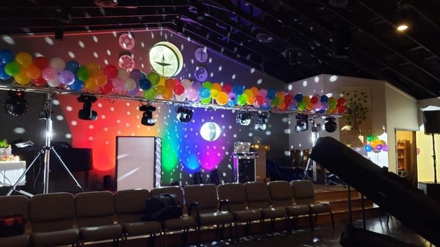 Jacksonville church holds Pride Prom after library controversy