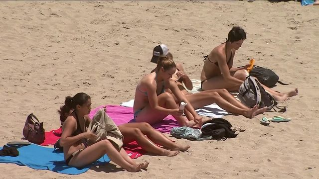 What's Going Around: Sunburns, stomach pain and summer dehydration
