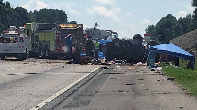 7 dead in multi-vehicle interstate crash in Georgia