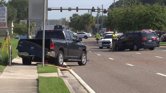 Man dies in crash on US-17 in Orange Park