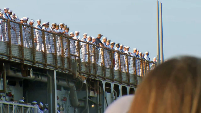 More than 300 sailors on USS Fort McHenry return home