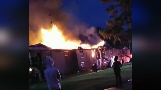 Large fire sends children to hospital, displaces families