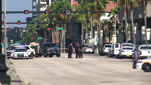 Suspicious package closes lanes on roads around JSO headquarters