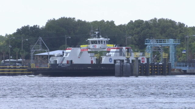 St. Johns River Ferry resumes service after repairs