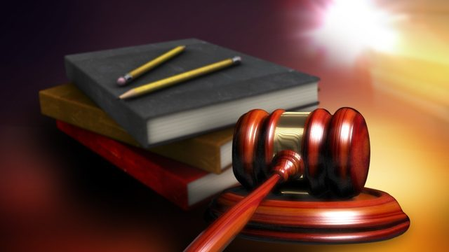 Judge backs state on teacher unions law
