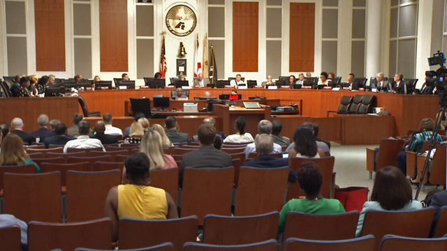 School Board answers City Council questions, hopes to break sales tax impasse