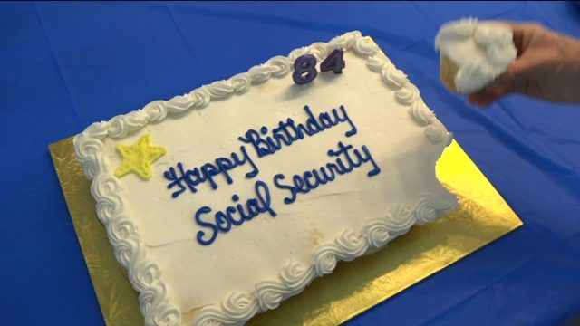 Seniors in Florida celebrate Social Security's 84th birthday