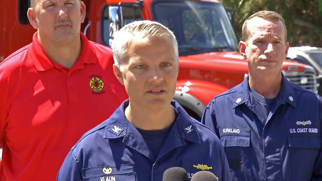 Rescuers face a running clock to find missing firefighters