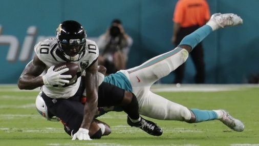 Starters play, but offense struggles for Jaguars in loss to Dolphins