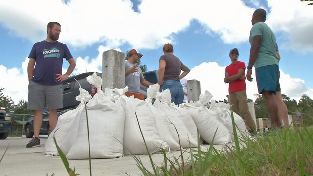 Should Jacksonville provide sandbags? One councilwoman thinks so