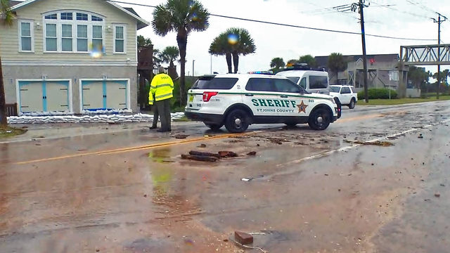 A1A in Vilano Beach shut down after waves breach roadway