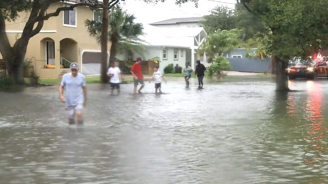 Storm surge floods St. Augustine's Davis Shores neighborhood