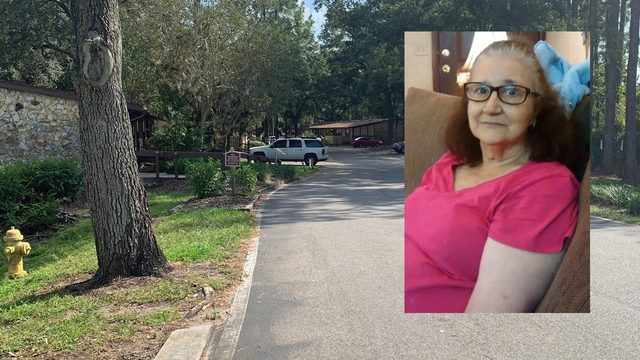 Foul play suspected after woman's body found at Westside apartment complex