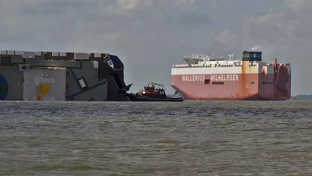 5 days after cargo ship capsized, traffic moves through Port of Brunswick again