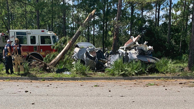 1 killed, 2 injured in crash on Oakleaf Village Parkway