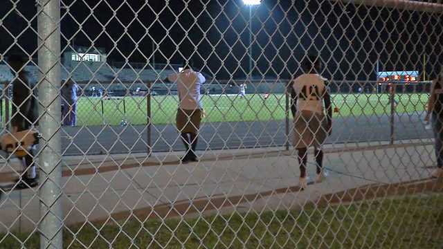 Football game paused during scare at Oakleaf High School