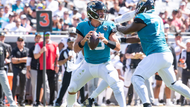 Offense goes flat as Jaguars fall to Saints