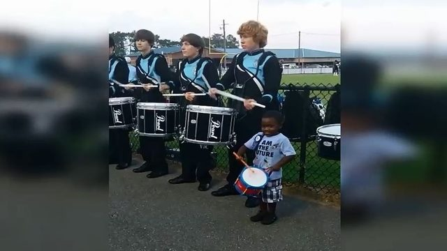 4-year-old goes viral over adorable drumline video