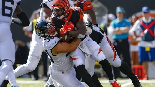Jaguars come through on the road, top Bengals