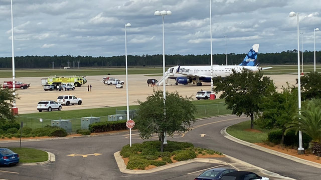 JetBlue flight makes emergency landing in Jacksonville
