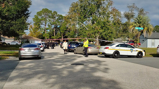 Police: Jacksonville officer shoots, kills man armed with knife
